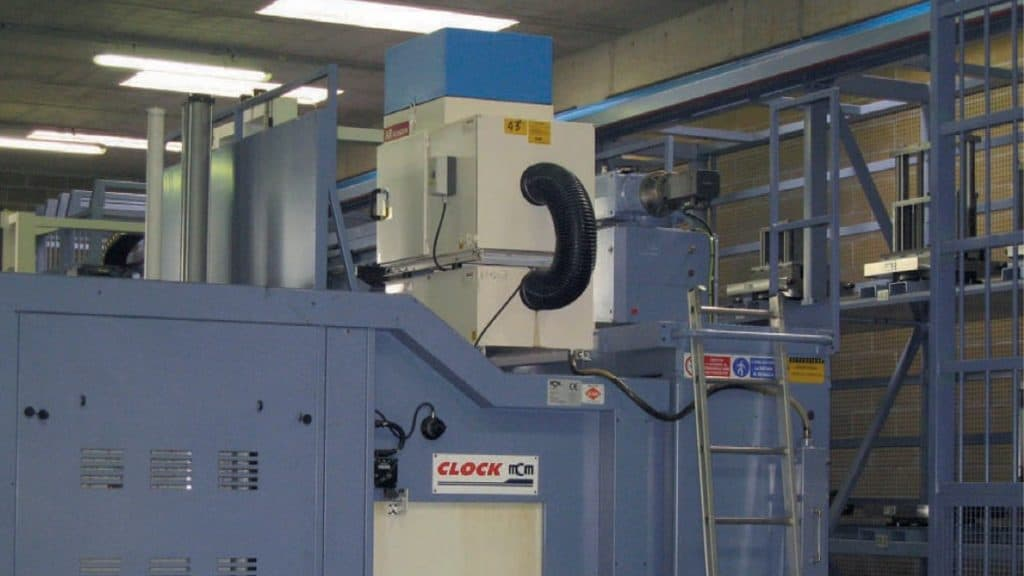 AR Filtrazioni per Bettinelli Spa CDS Cad Driven Systems - Qualità dell'aria e depurazione nebbie oleose